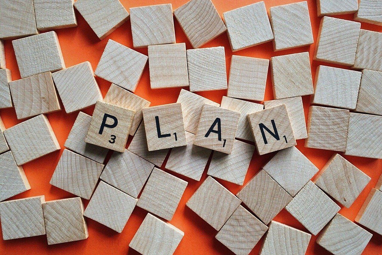 "<img src=""plan-2372176_1280-2.jpg"" alt=""計画 "">"