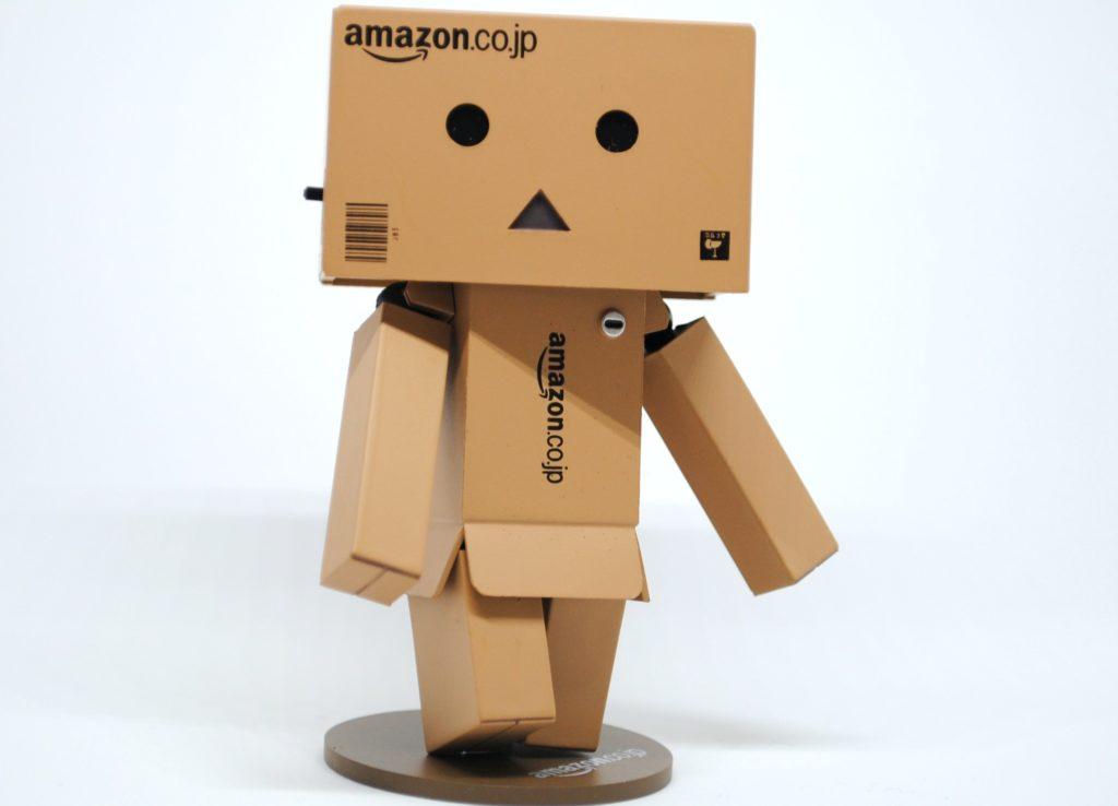 """<img src=""""cd55f67ad64860c0c5d13ab5e07f270e.jpg"""" alt=""""Amazon キャラクター 段ボール イメージ"""">"""